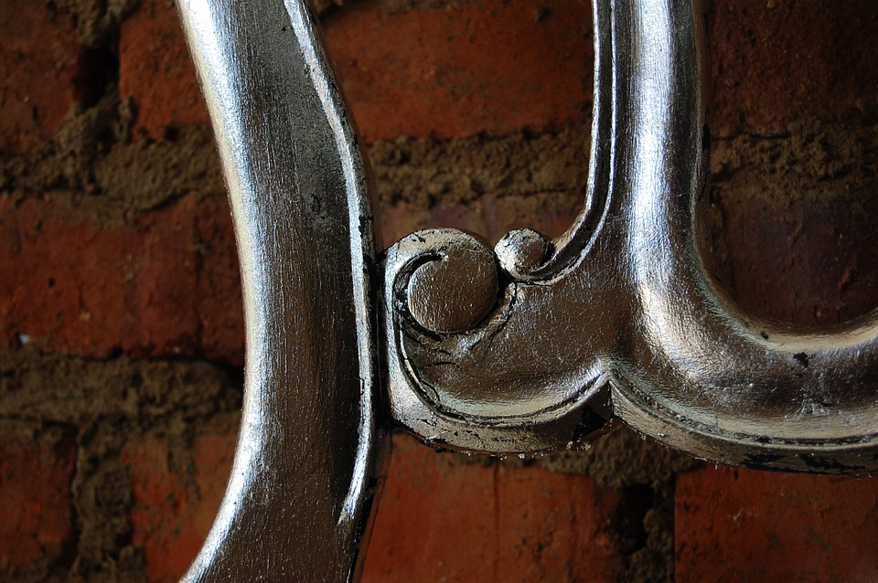 Steel Is Making A Comeback In Interior Design